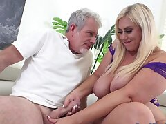 Plumper Goddess Lila Lovely Leaves His Cock Completely Flouted