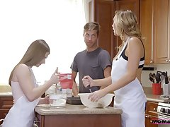 Dude fucks precise stepdaughter and hot blooded stepmom in be passed on kitchen