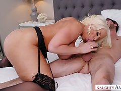 Extremely broad in the beam MILF with giant knockers Alura Jenson wanna ride dick