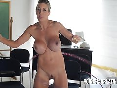 Very Gaffer mommy porn go first Puma Swede hula hooping naked