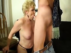 Milf does handjob while doing a perfect blowjob connected with Al