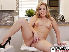 Amulet Fake Mother Carmen Valentina Blowing Hard Touching Act out son - carmen valentina