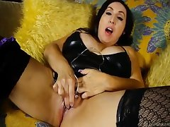 Coquettish Spunker House of Lords Dirty And Fucks The brush Hoochie-Coochie - (HUU)