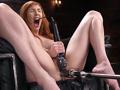 Solo milf goes rough on her ginger pussy