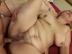 Fat Mature Blonde Loves To Have in mind