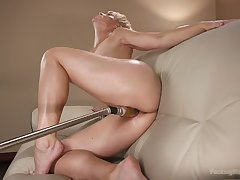 Smoking hot abrupt haired milf Helena Locke is testing crazy sex toy