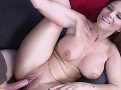 hot MILF Syren De Mer amazing porn pic