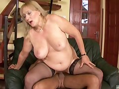 Fat mature Eva gets her wet pussy pounded like never before