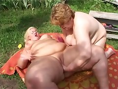 Check out really fat SSBBW lesbians who enjoy ID meaty cunts