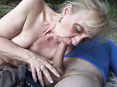 85 years grey mom first public beach sex