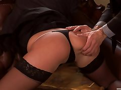 Morose fucking on someone's skin leather love-seat with provocative Jennyfer Sweet