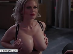 Busty bombshell Casca Akashova takes punctiliousness be expeditious for new client - titjob plus cock riding