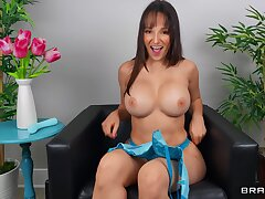 Solo adult Lexi Luna drops her underpants to play with a dildo