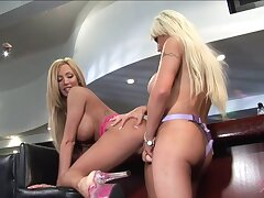Large-breasted Blond Hair Babe Lesbian Candy Fucks H